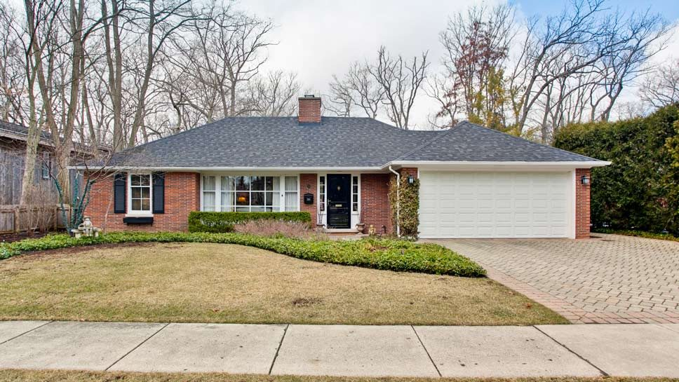 350 Ravine Park Dr, Lake Forest
