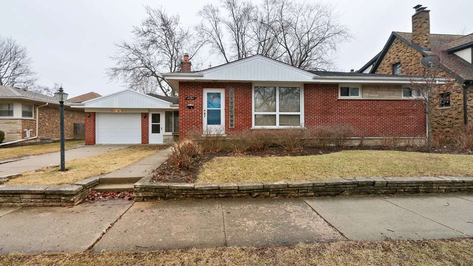 1151 Hazel Avenue, Deerfield