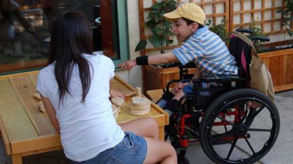 Museum Hosts Special Needs Kids