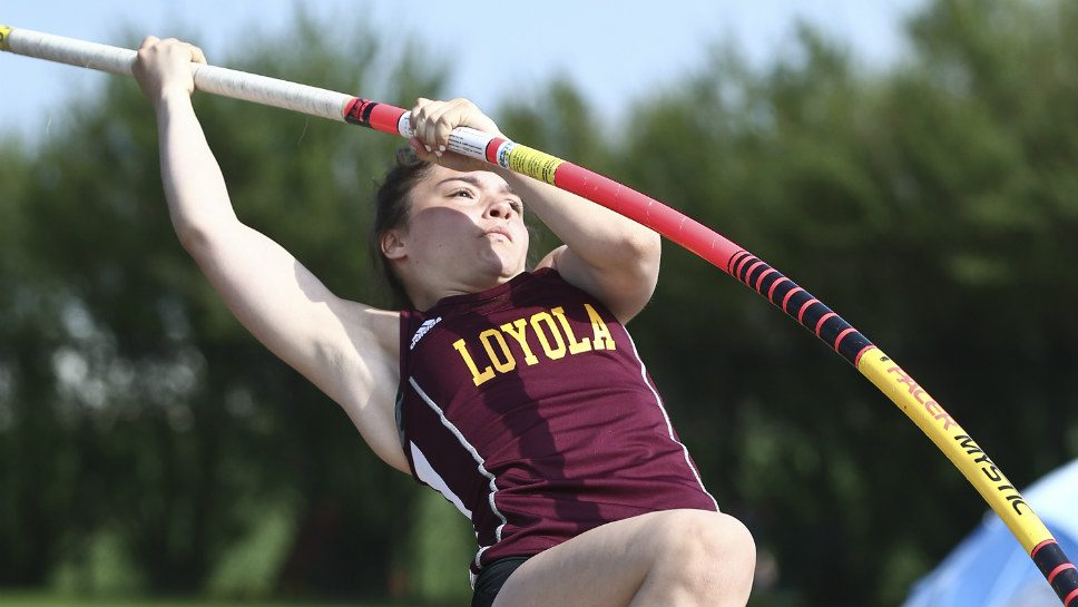 Santangelo rises to the occasion at sectional