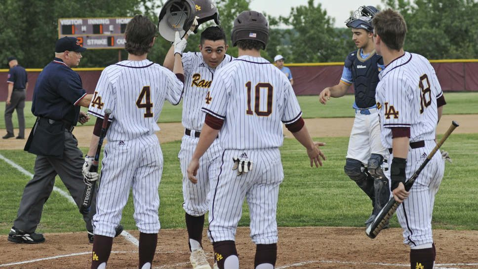 Boom! LA belts 4 homers in sectional semifinal