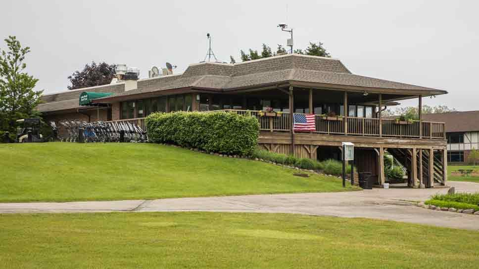 Residents Organize For Lake Bluff Golf Club