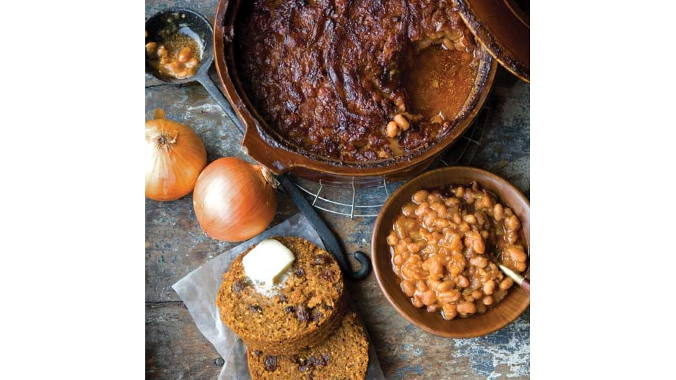 Boston Baked Beans With Brown Bread